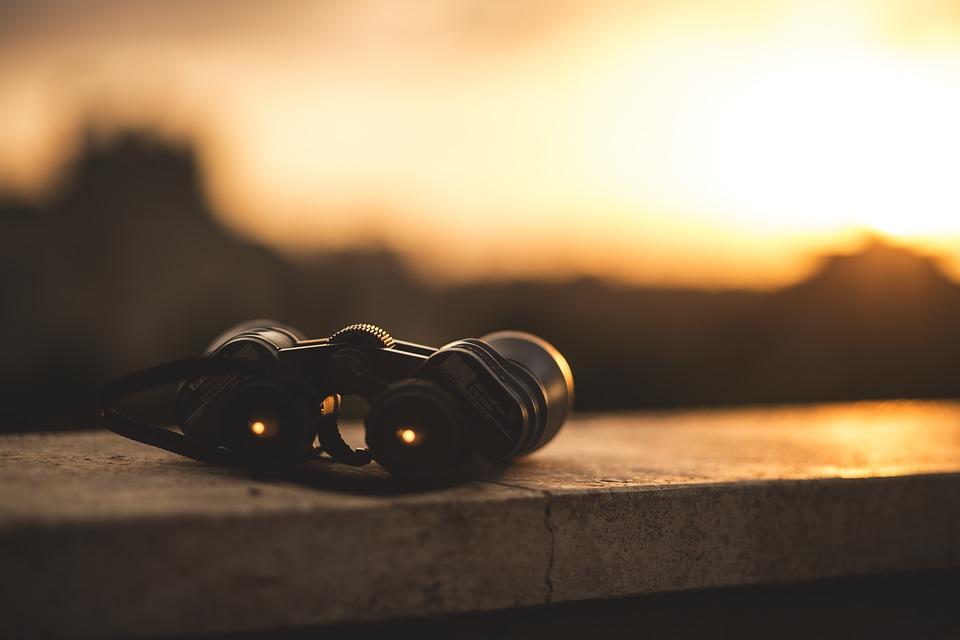 Best Binoculars 2017 – The Ultimate Guide