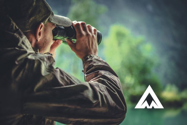 Best Low Light Binoculars Reviews: Complete Buyer's Guide
